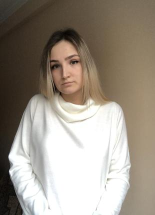 Свитер белый мягкий кофта гольф р.м