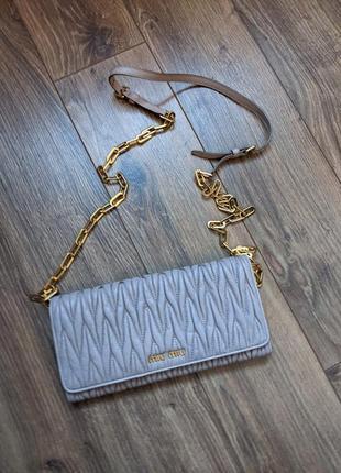 Брендовая сумочка-клатч miu miu оригинал с документами!