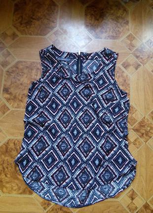 Легкая блуза yessica.