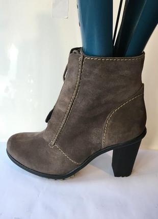 Демисезонные ботинки clarks 40, 40,5, 41, 41,5