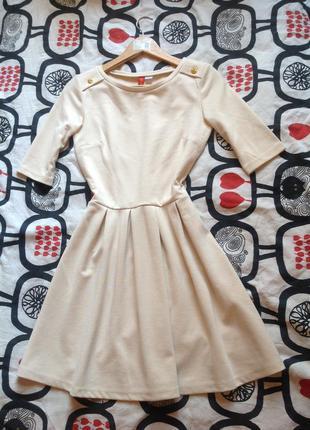 Новое платье ostin в молочном цвете