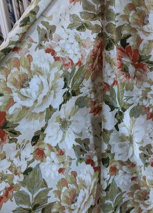 Яркие цветочные шторы