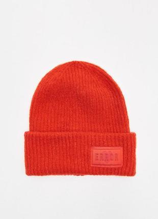 Новая женская шапка cropp town