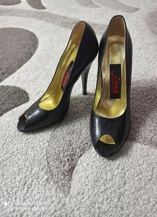 Кожаные туфли лодочки, босоножки на высоком каблуке, стелька 25,5 см