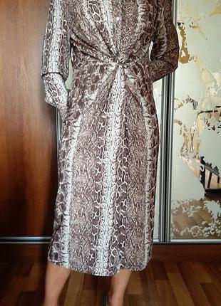 Новое красивейшее платье-рубашка в змеиный принт