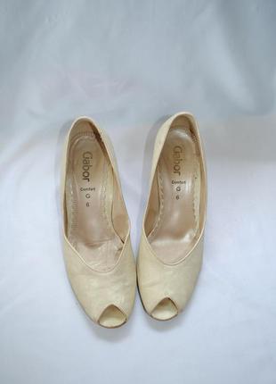 Туфли gabor 39-40 р.(6) натуральная кожа верх и подкладка