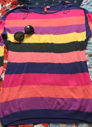 Очень яркий свитер от h&m