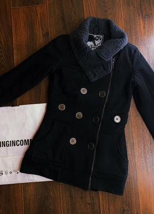 Женское  пальто/куртка/кардиган  bershka.1 фото