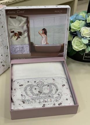 Красивое полотенце в подарочной коробке от maison d'or 🤩