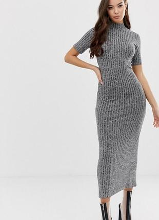 Платье из рельефного трикотажа с блеском