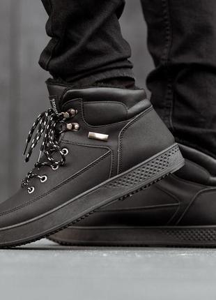Мужские ботинки зимние черные с мехом. размер 40,41,42,43,44,45