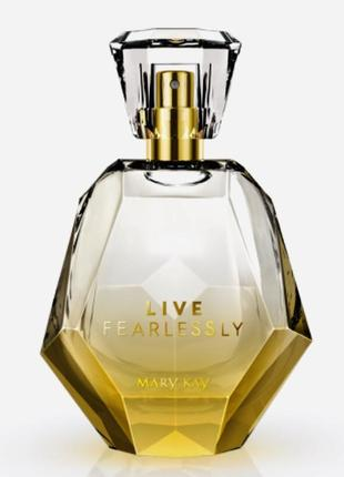 Парфюмерная вода live fearlessly mary kay