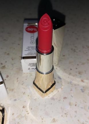Красная матовая  помада для губ collistar