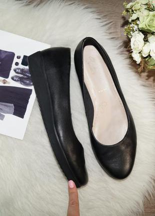 (42р./27,5см) clarks! кожа! красивые и комфортные туфли