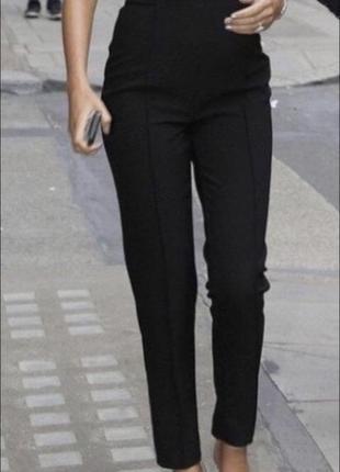 Чёрные стрейчевые штаны / леггинсы 🖤