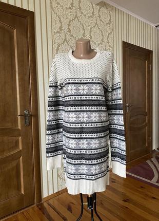 Очень крутое  вязаное шерстяное платье туника