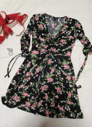 Платье мини в цветок