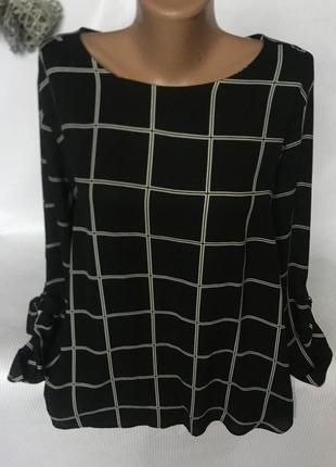 Стильная блуза в клетку