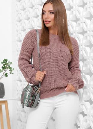 Стильный свитер в цвете пыльная роза