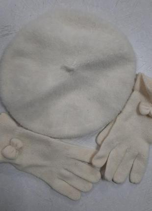 Набір(берет+рукавички)'gregory ladner ' australia
