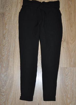Базовые слаксы брюки свободного кроя на резинке  от zara