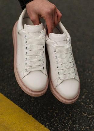 Женские кроссовки,кеды alexander mcqueen (белые с пудровым)