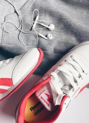 Кожаные женские белые кроссовки reebok classics