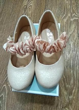 Туфли на маленькую принцессу.