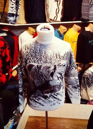 Отличный зимний свитер