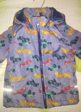 Курточка на мальчика в машинки