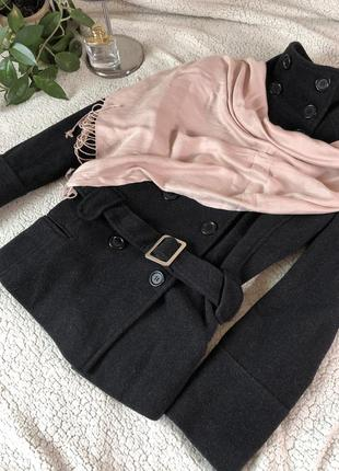 Пальто шерстяное  с поясом