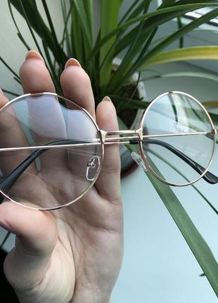 Очки женские, аксессуар4 фото
