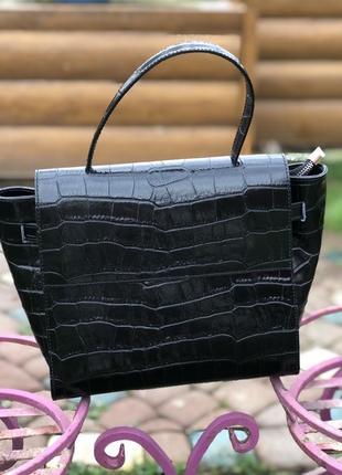 Итальянская кожаная сумка чёрная лаковая женская жіноча шкіряна genuine leather