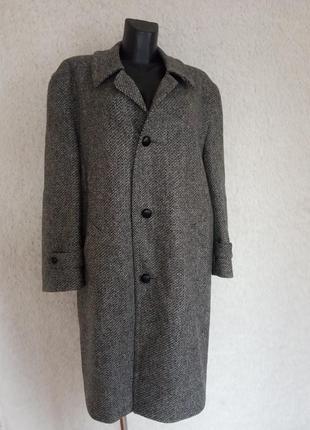 Статусное шерстяное пальто
