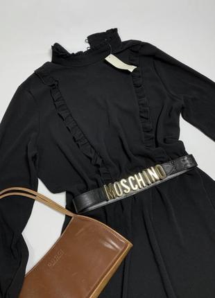 Чёрное платье с длинными рукавами и красивым воротником от peacocks2 фото