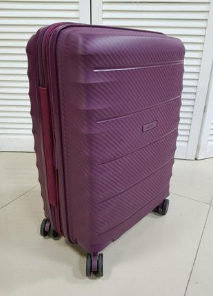 Легкий французский чемодан с расширением
