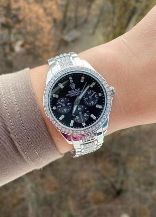 Часы стильные серебро золото