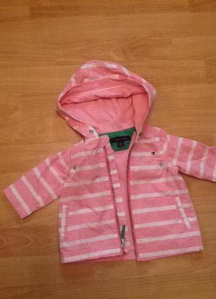 Брендовая куртка от tommy hilfiger