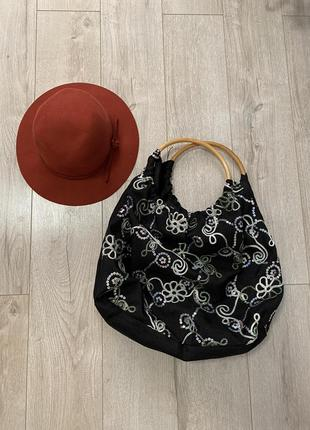 Тканьёвая сумка шопер  с круглыми деревянными ручками