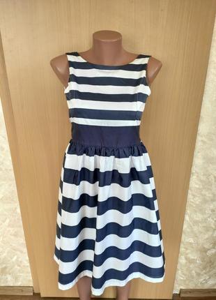 Шикарное нарядное пышное белое платье миди в синюю полоску vertbaudet