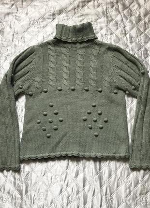 Зелёный шерстяной тёплый свитер хаки