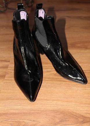 Демисезонные ботинки, ультрастильные ,тренд сезона