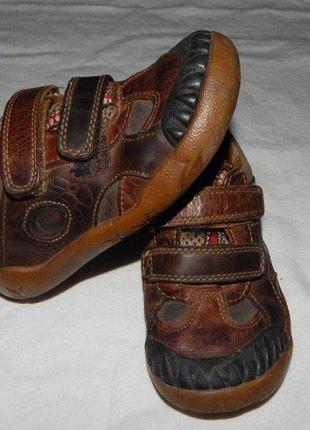 Кожаные кроссовки clarks cd87bb6d4ad06
