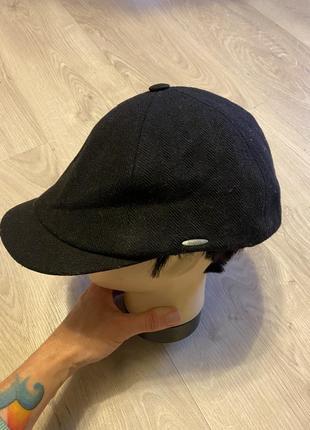 Классная фирменная кепка