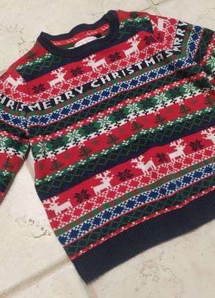 Красивый новогодний свитер на мальчика