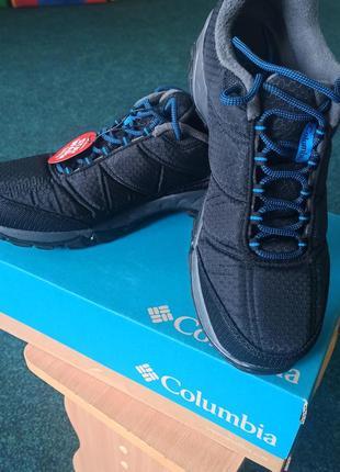 Продам новые утепленные кроссовки columbia firecamp fleece ii