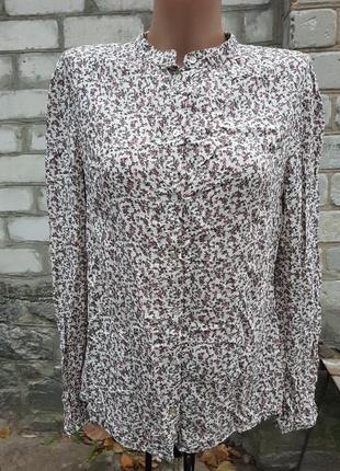 Очень красивая нежная блуза с цветочным принтом s. oli