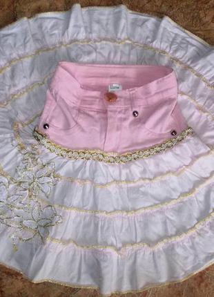 Юбка джинсовая с красивой отделкой на 4-5 лет.