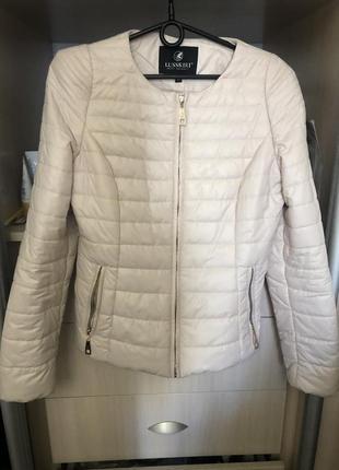 Куртка цвета пудры