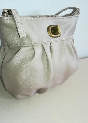 Актуальная маленькая сумочка cross-body
